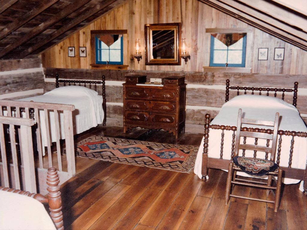 Peaceful Cabin Bed and Breakfast